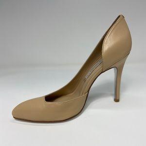 Jessica Simpson Nude Heel